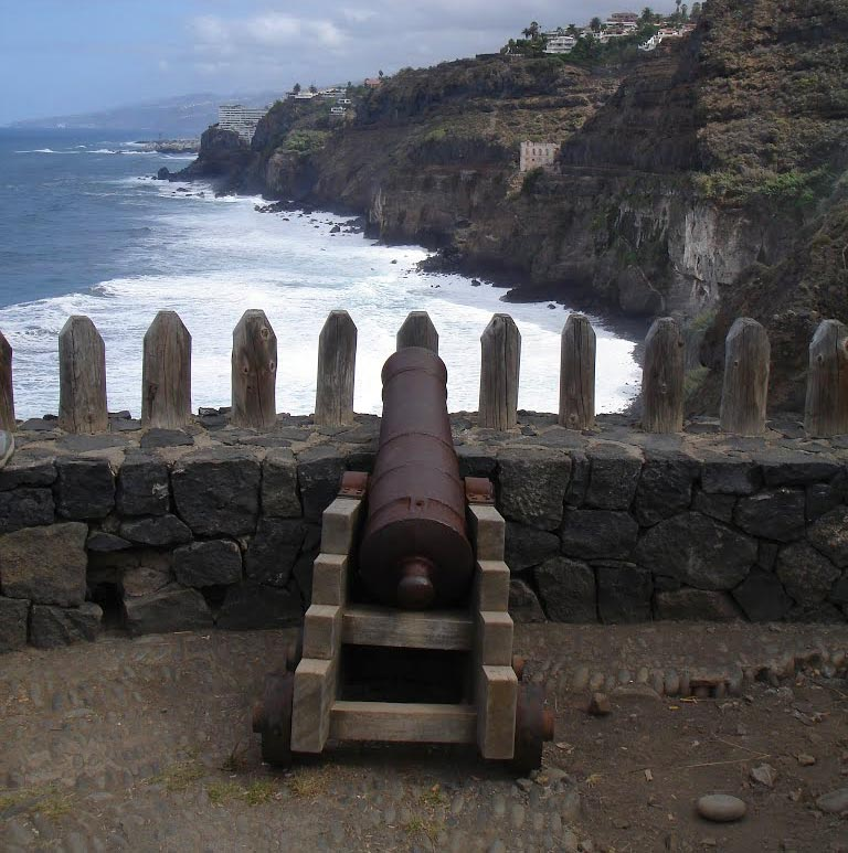 The cannon at the San Fernando fort that fired cricket ball-sized cannonballs.